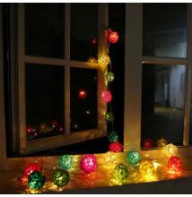LED rattan gömb füzér 10 LED 2,4m színes
