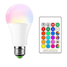 Távvezérelhető színváltós és fehér RGBW 2 in 1 izzó E27